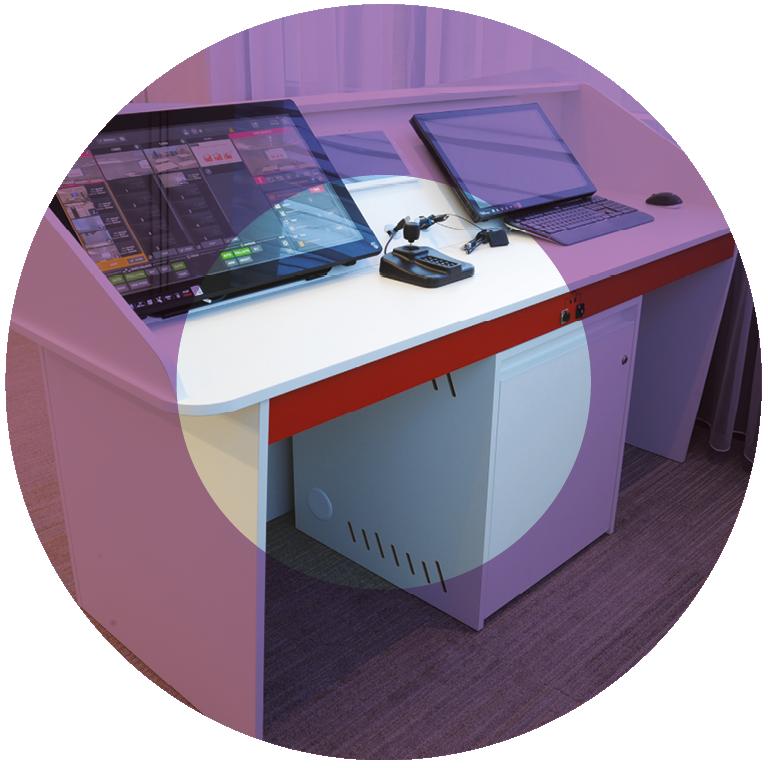 circle-tech-desk-2
